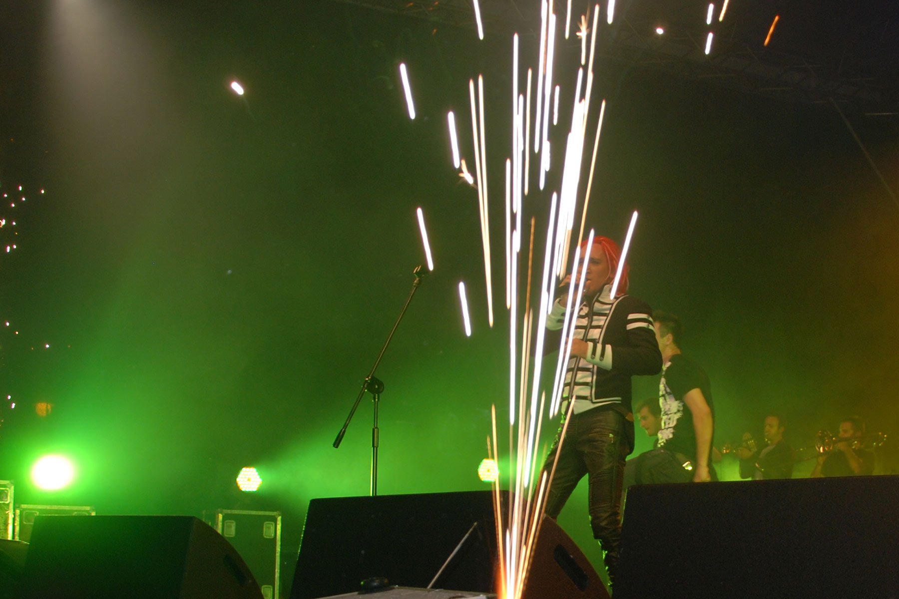 Efekty sceniczne na imprezach muzycznych